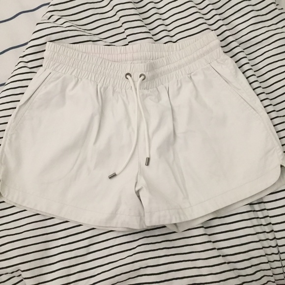 Women's Clothing Witchery Shorts Size 8 Plaid Black/white Shorts
